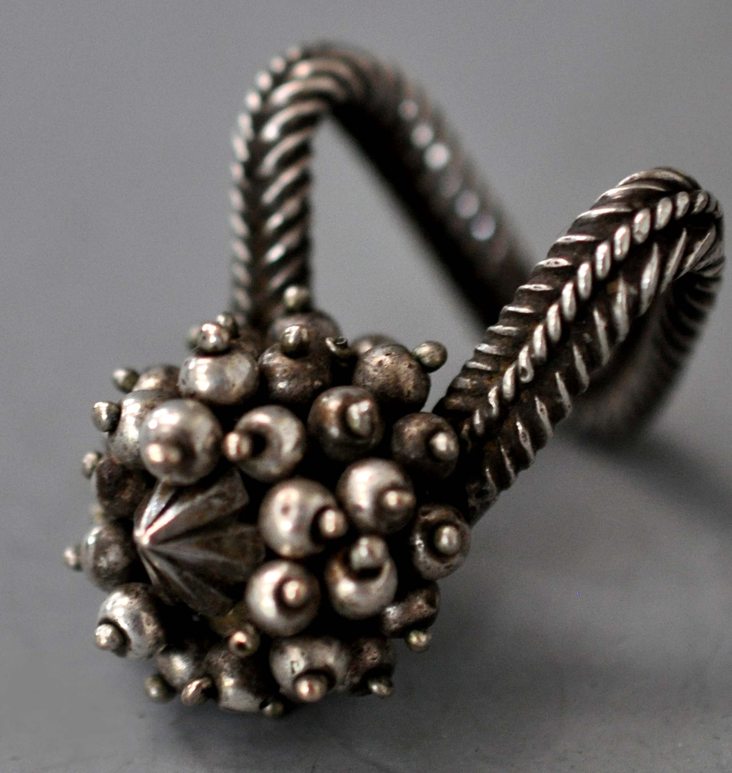 """Antique Silver Toe Ring (Info@singkiang) 