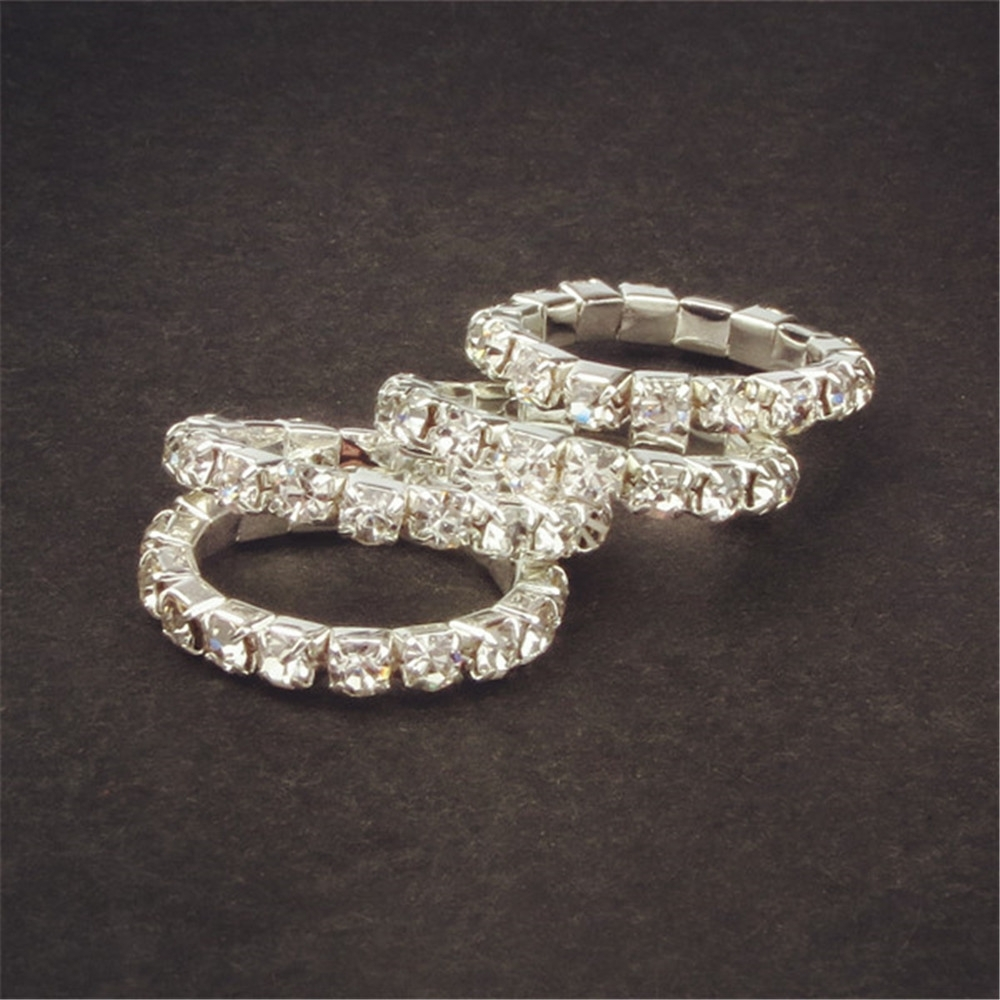 Featured Photo of Crystal Toe Rings