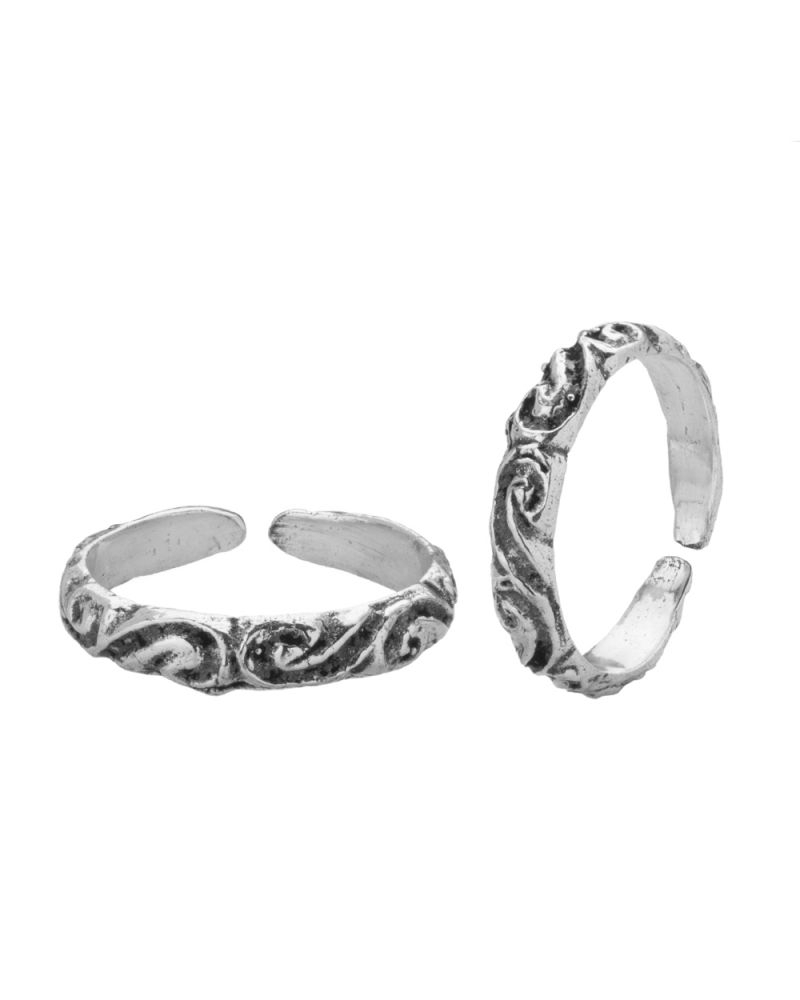 Buy Voylla Engraved Oxidised Silver Alloy Toe Rings – Psjai22481 Pertaining To 2017 Engraved Toe Rings (Gallery 5 of 15)