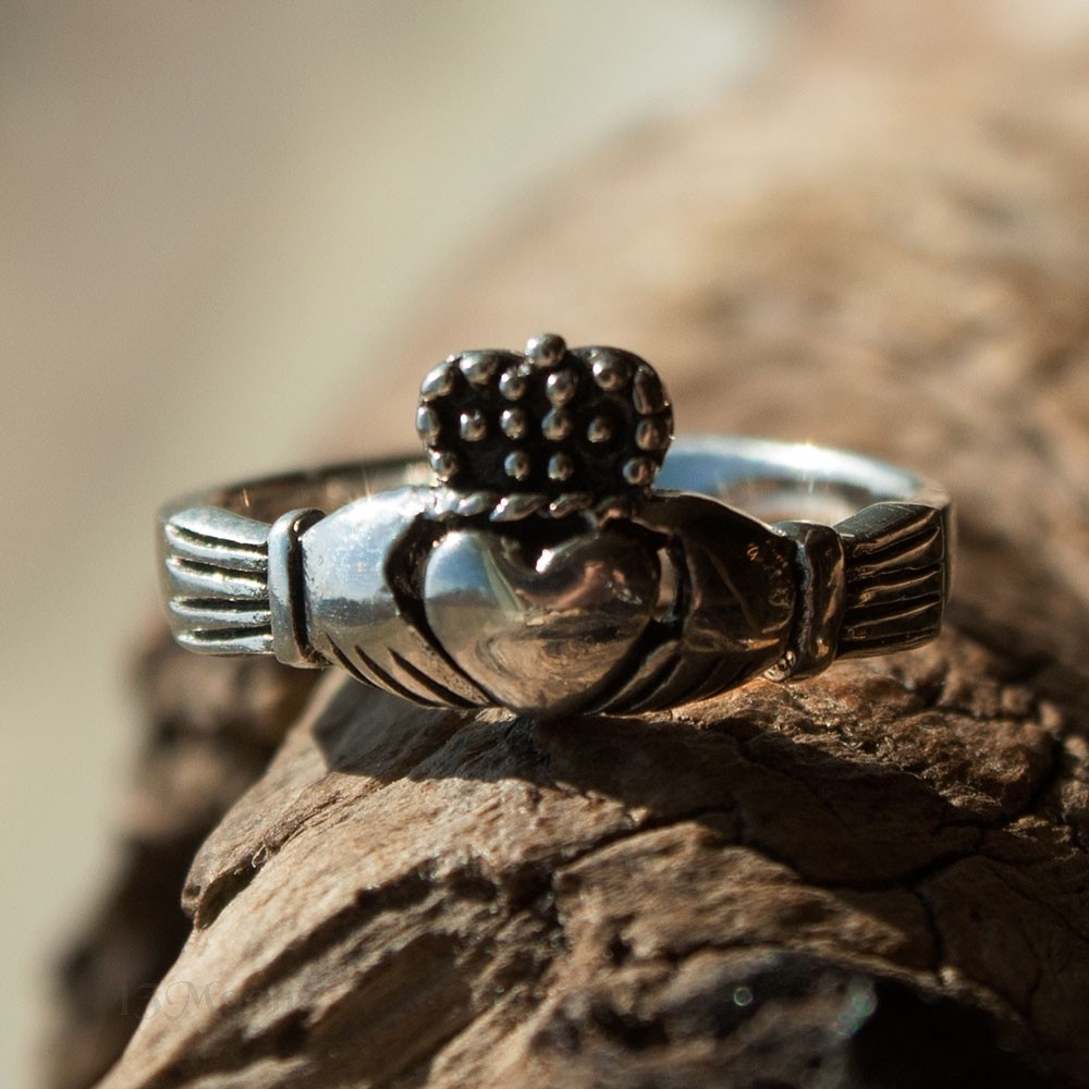 Claddagh Toe Ring – Rings – Jewelry – Shopcategory Regarding Most Up To Date Claddagh Toe Rings (View 7 of 15)