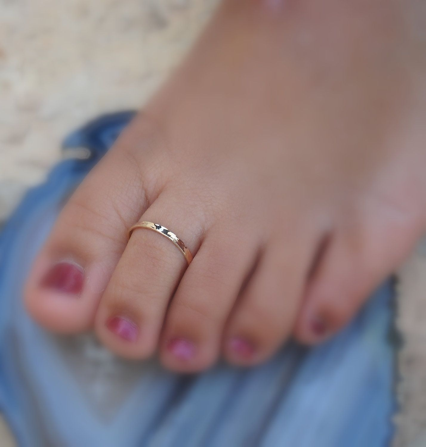 Cute Simple Toe Ring. Must Haves For The Beach =) | Inspiring In Latest Yellow 10K Toe Rings (Gallery 10 of 15)