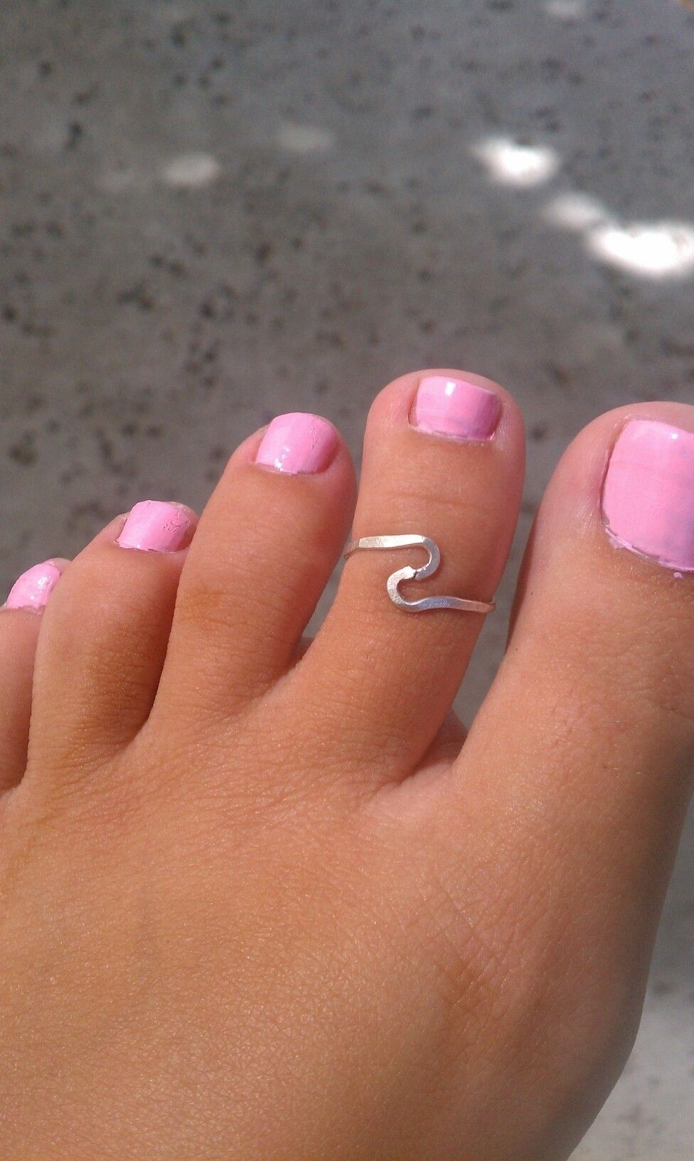 Cute Toe Ring – Have One Very Similart To This One As Well | My Pertaining To Most Current Chevron Toe Rings (View 6 of 15)