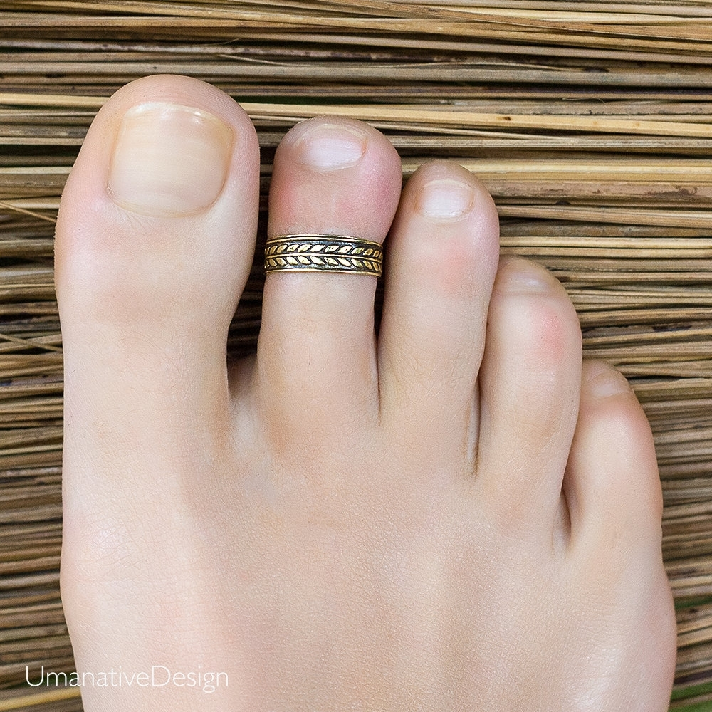 Gold Toe Ring. Gold Band Toe Ring. Toe Rings For Women (View 6 of 15)