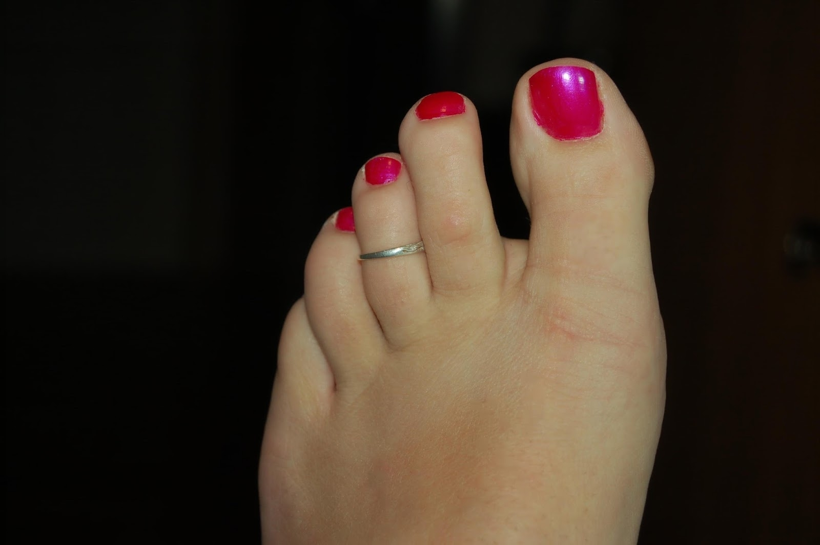 It's Ok For Men To Have Painted Nails In Public: What About Toe Inside Most Popular Male Toe Rings (View 6 of 15)