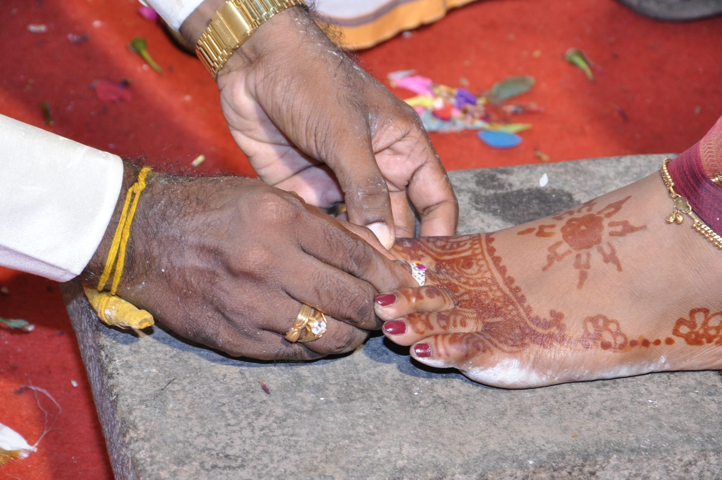Metti (toe Ring) – It Is Wornindian Married Women In Their With Regard To 2017 Wedding Toe Rings (View 11 of 15)