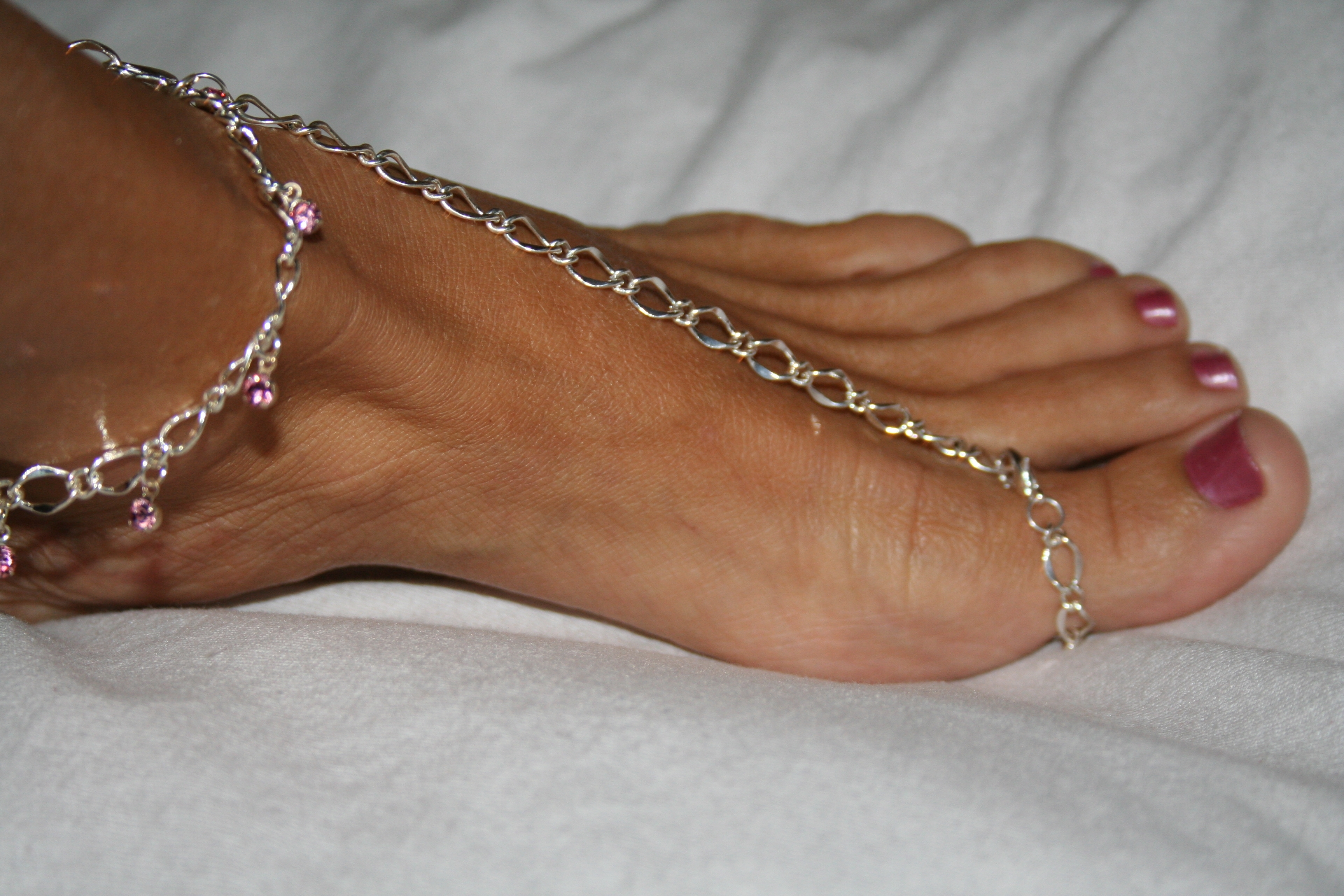 Pink Toe Ring And Ankle Bracelet, Florida Flops Within Most Recent Ankle Bracelet Toe Rings (Gallery 5 of 25)