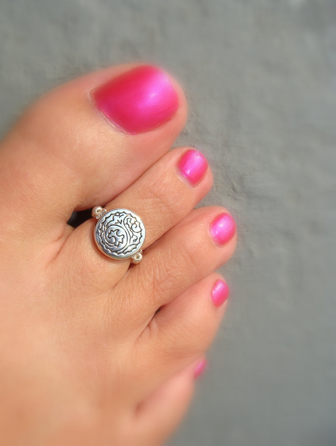 Toe Ring – Silver Wind Wave Coin Stretch Bead Toe Ring | Toe Rings Within 2018 Chevron Toe Rings (View 14 of 15)