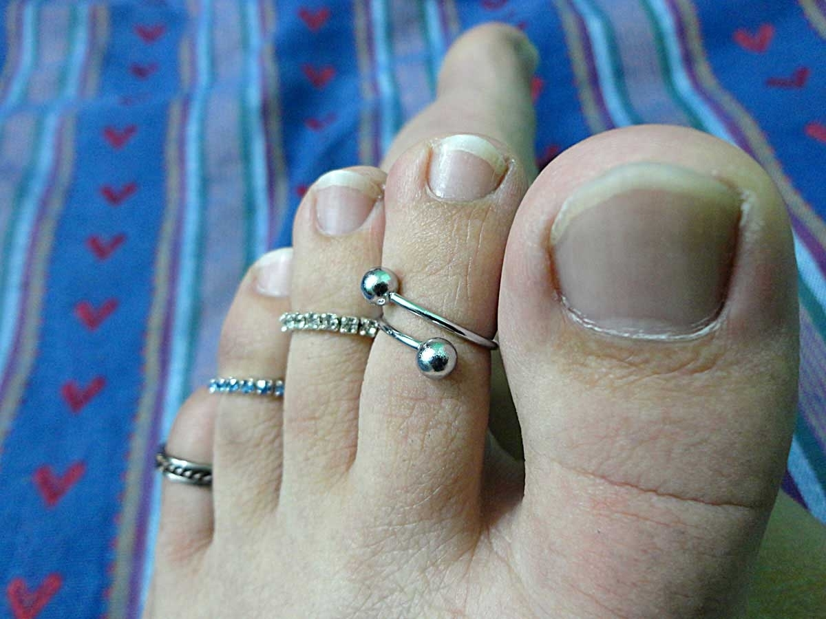 Toe Ring – Wikipedia Intended For Most Recently Released Permanent Toe Rings (View 11 of 15)