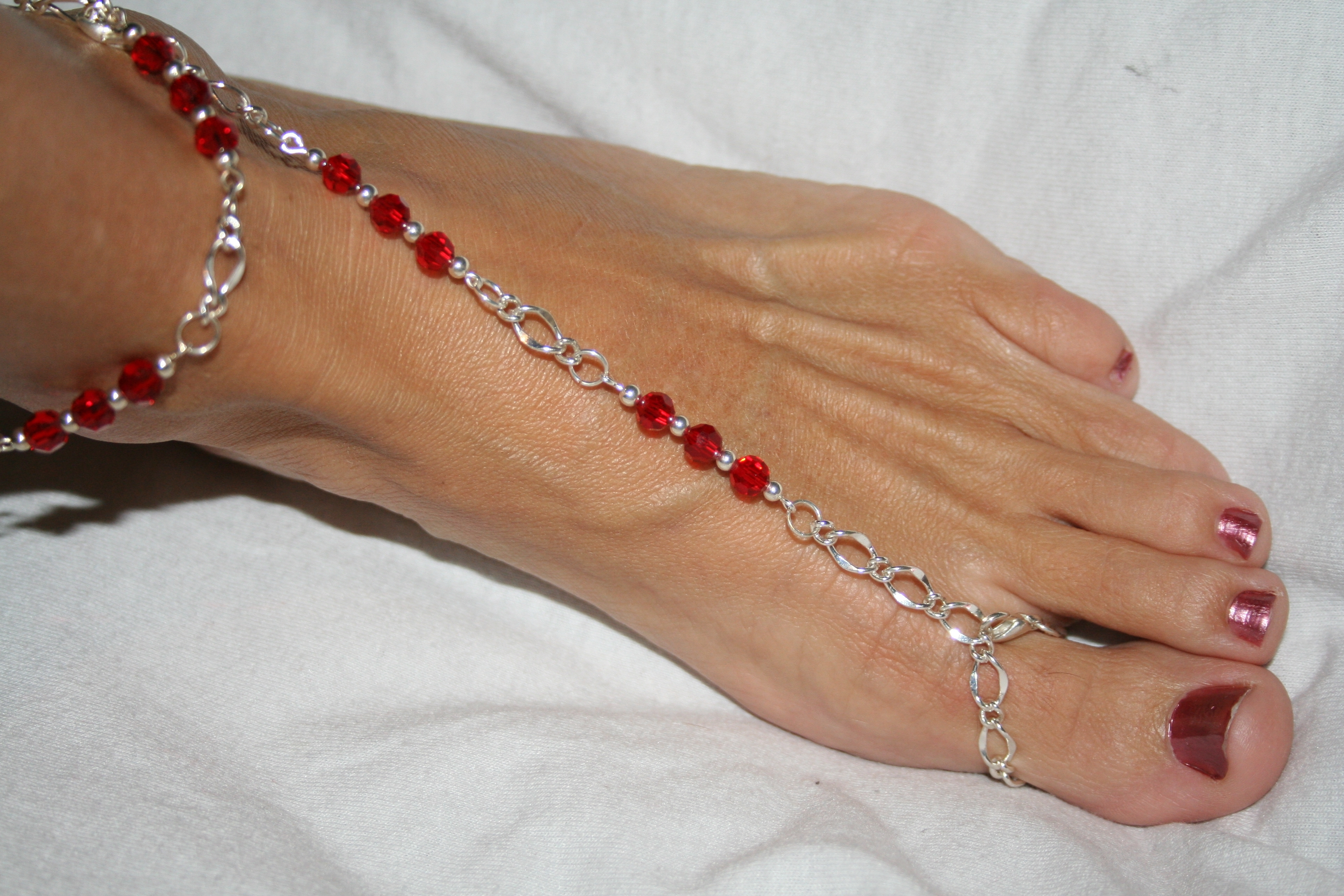 Unique Red Barefoot Sandal – Toe Ring And Ankle Bracelet, Florida For Most Popular Ankle Bracelet Toe Rings (Gallery 7 of 25)