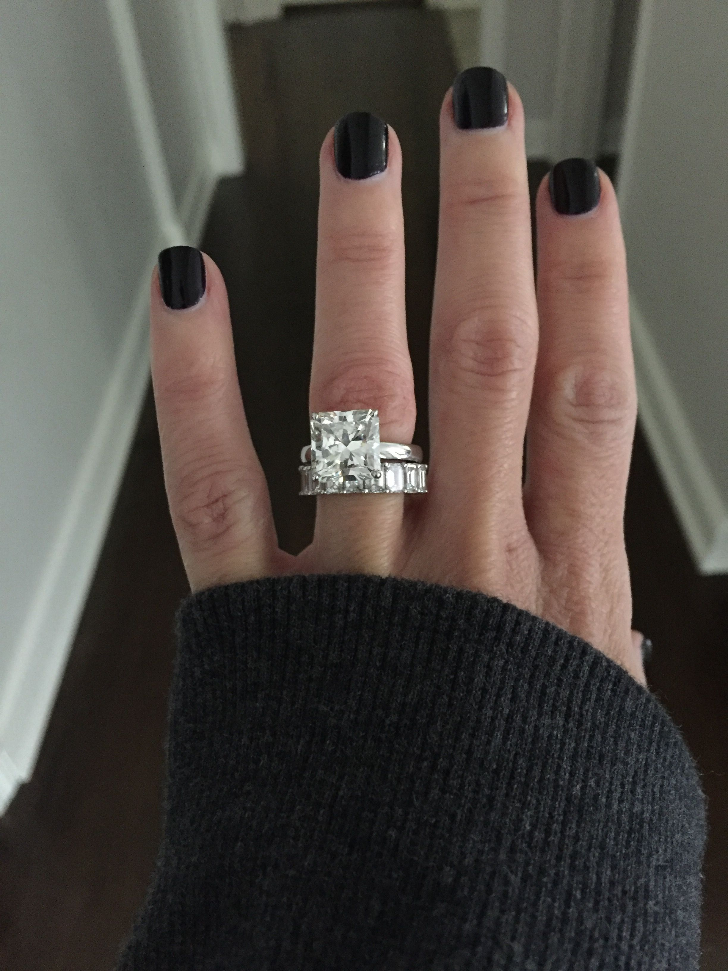 1/2 Carat (Ctw) Princess Cut Diamond Engagement Rings For For Recent Princess Cut Diamond Criss Cross Anniversary Bands In White Gold (View 3 of 25)