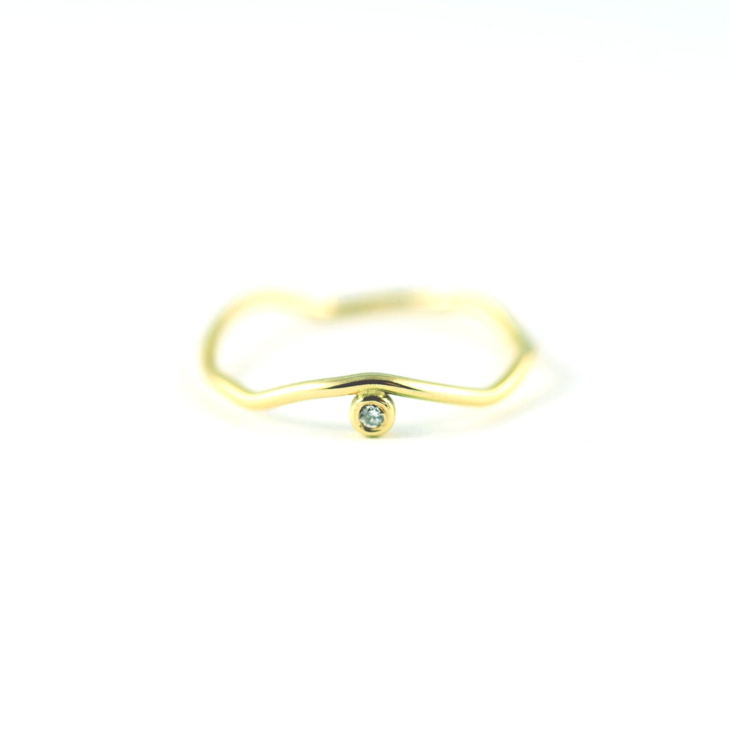 14k Yellow Gold Zig Zag Ring With A Side Set Diamond Inside 2017 Polished Zigzag Rings (View 5 of 25)
