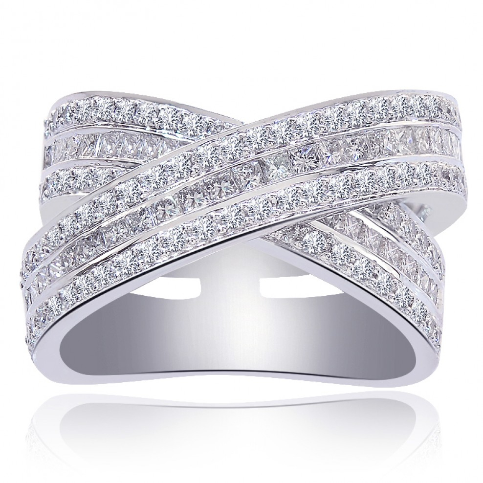 Featured Photo of Princess Cut Diamond Criss Cross Anniversary Bands In White Gold