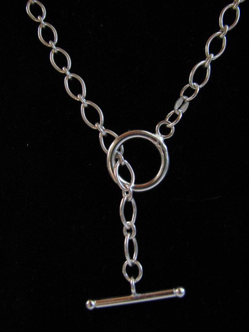 22 Inch Classic Oval Link Sterling Silver Toggle Necklace For Recent Classic Cable Chain Necklaces (View 4 of 25)