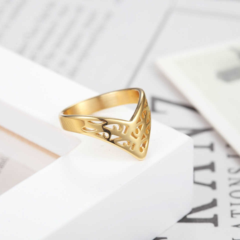 Baolaisi Crown Rings For Women New Geometric Triangle Engagement Ring Fashion Jewelry Trendy Europe Design Wedding Brands Pertaining To Current Geometric Crown Rings (View 2 of 15)