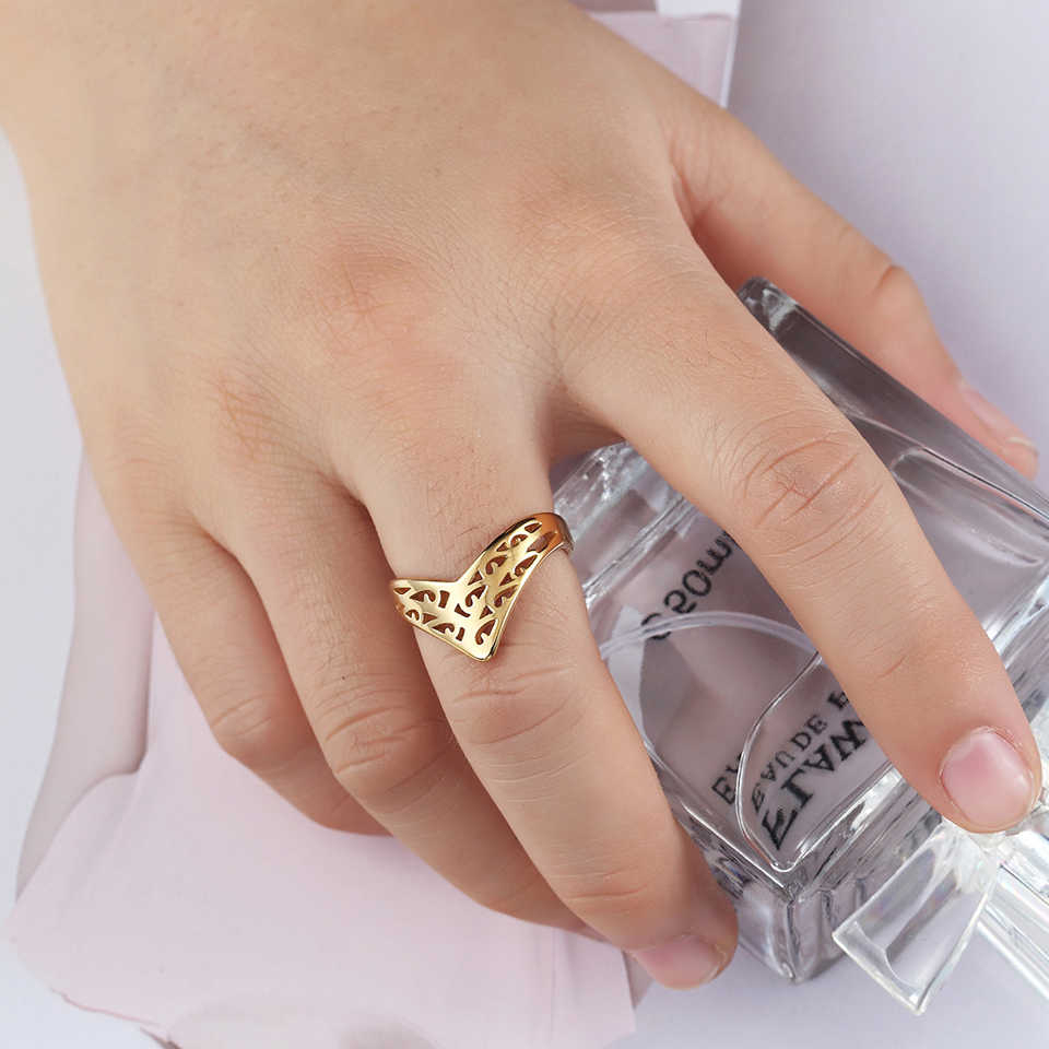 Baolaisi Crown Rings For Women New Geometric Triangle Engagement Ring Fashion Jewelry Trendy Europe Design Wedding Brands With Newest Geometric Crown Rings (View 3 of 15)