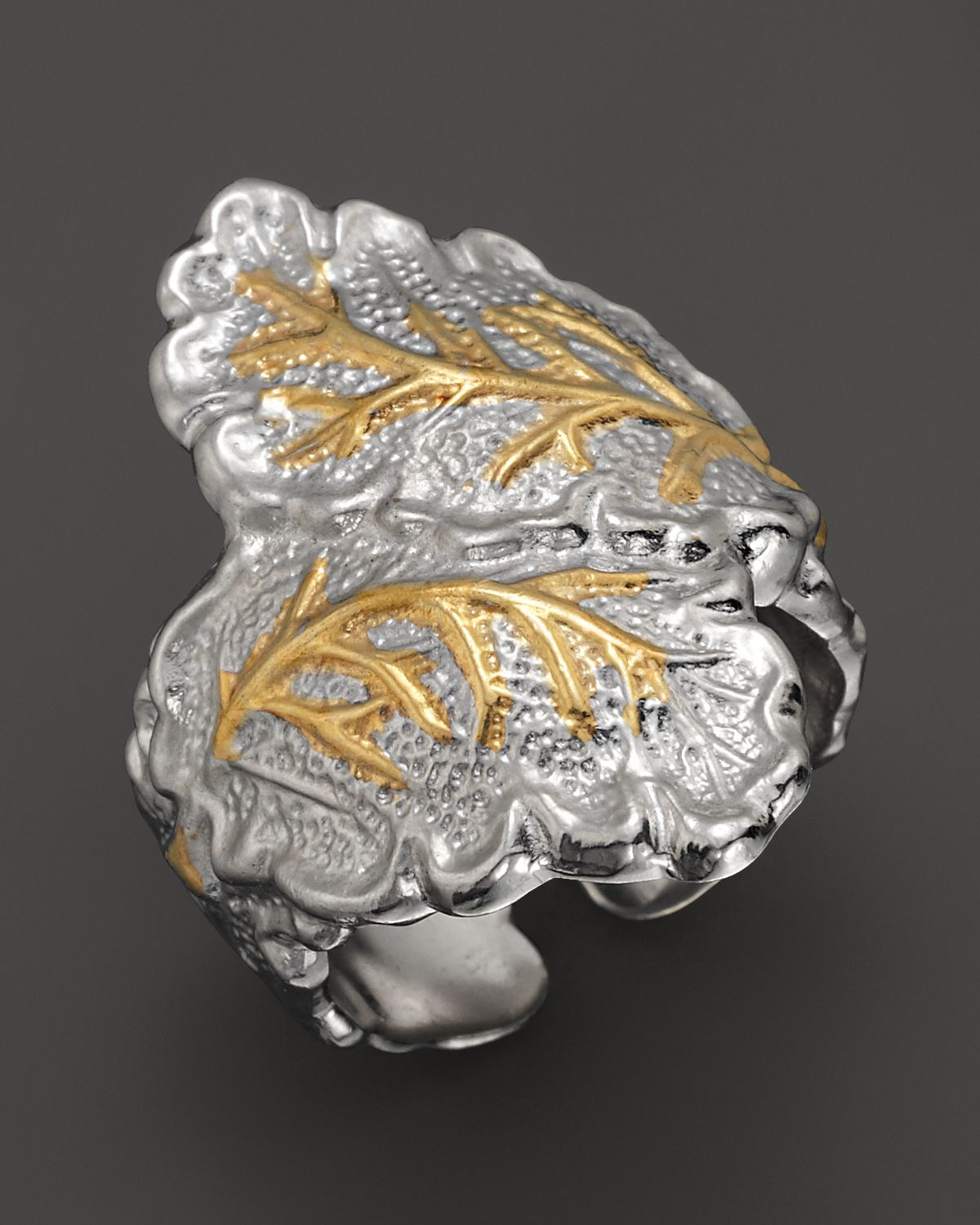Featured Photo of Oak Leaf Double Rings
