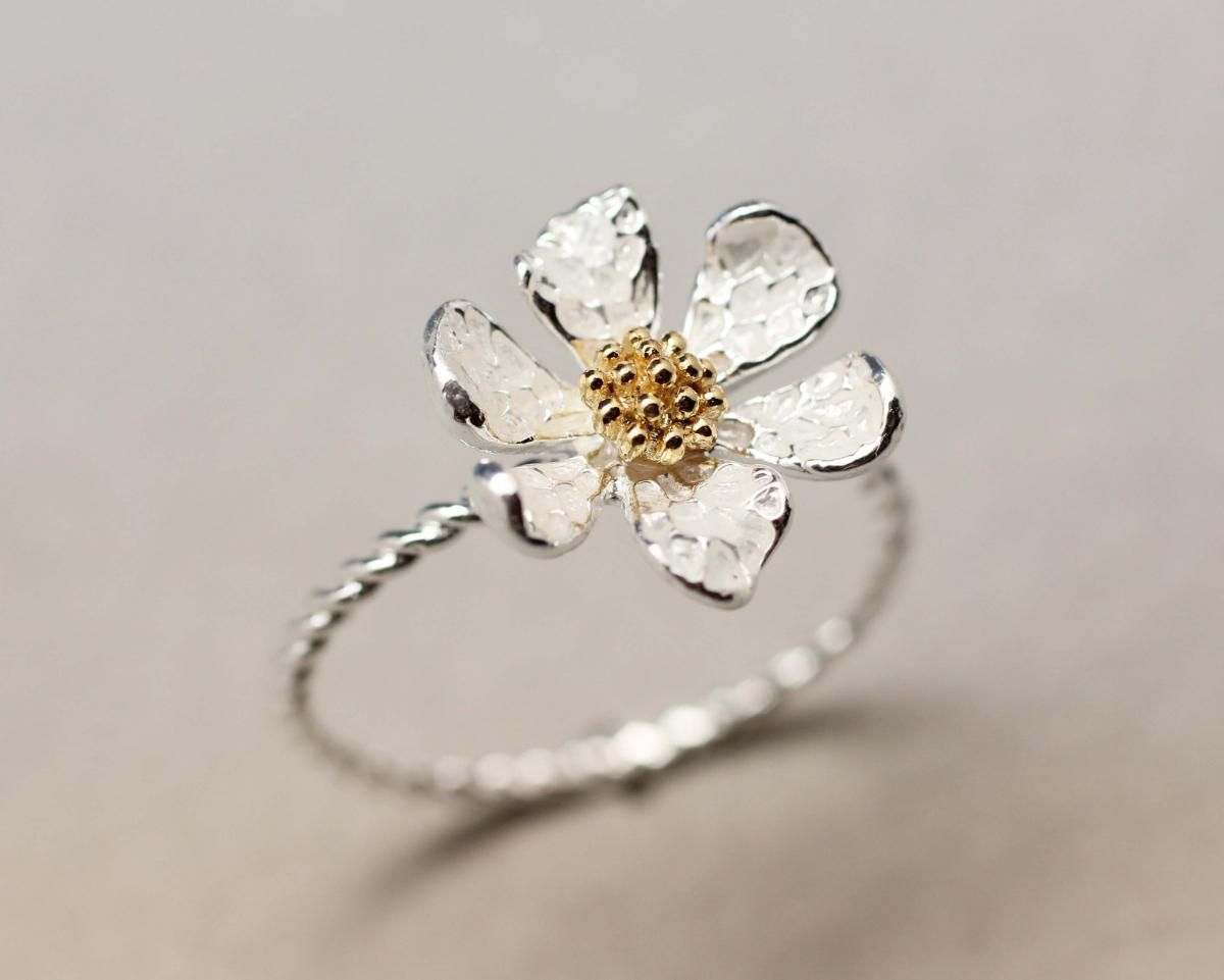 Danity White Daisy Flower Ring | Western Jewellry In 2019 | Daisy Regarding Most Popular Classic Daisy Flower Band Rings (View 11 of 25)