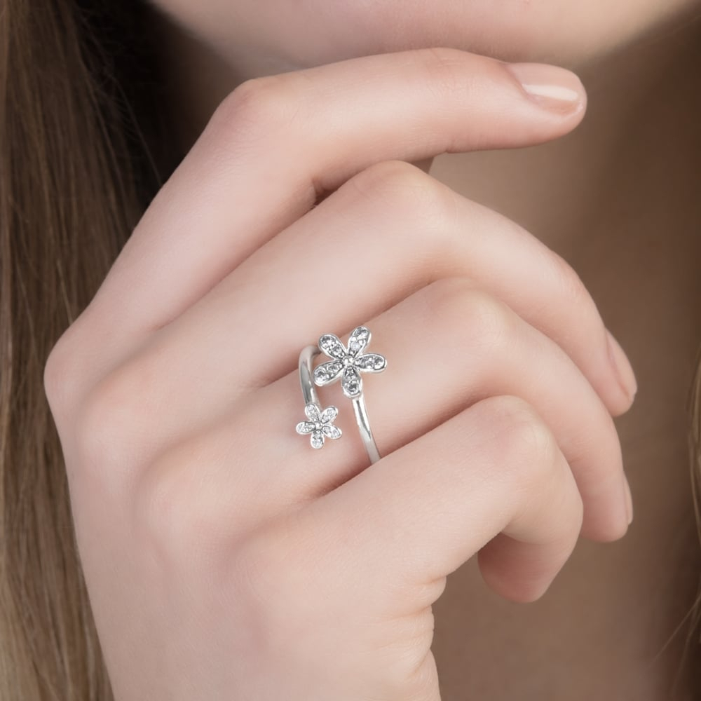 Dazzling Daisies Ring 191038cz With Most Popular Sparkling Daisy Flower Rings (View 12 of 25)