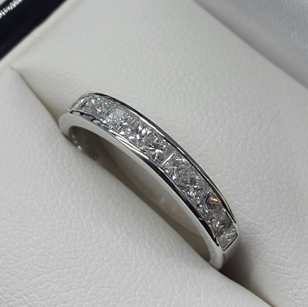 Diamond Set Wedding/eternity Rings Throughout Most Recent Princess Wishbone Rings (View 10 of 25)