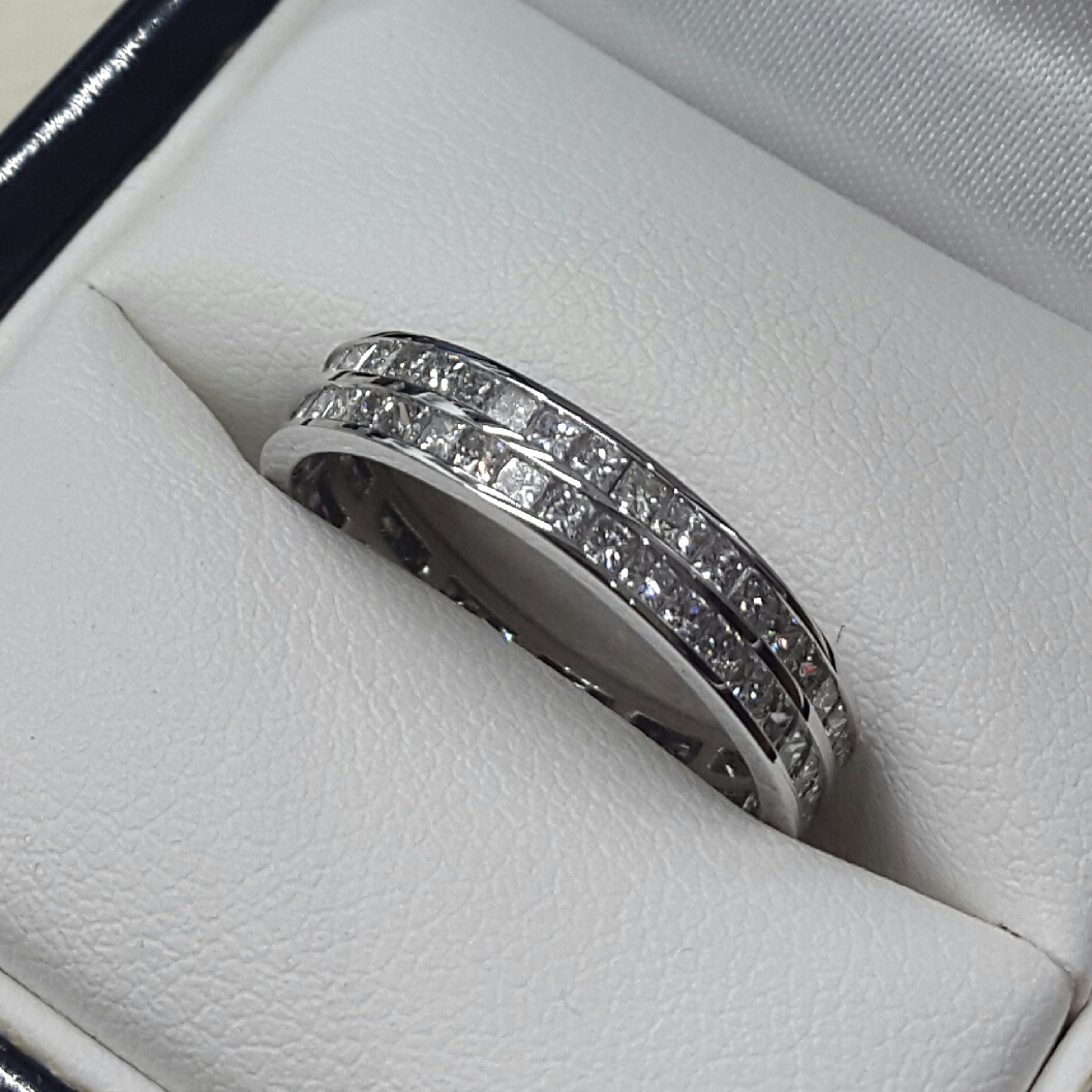 Diamond Set Wedding/eternity Rings With Regard To Best And Newest Diamond Double Row Anniversary Bands In White Gold (View 12 of 25)