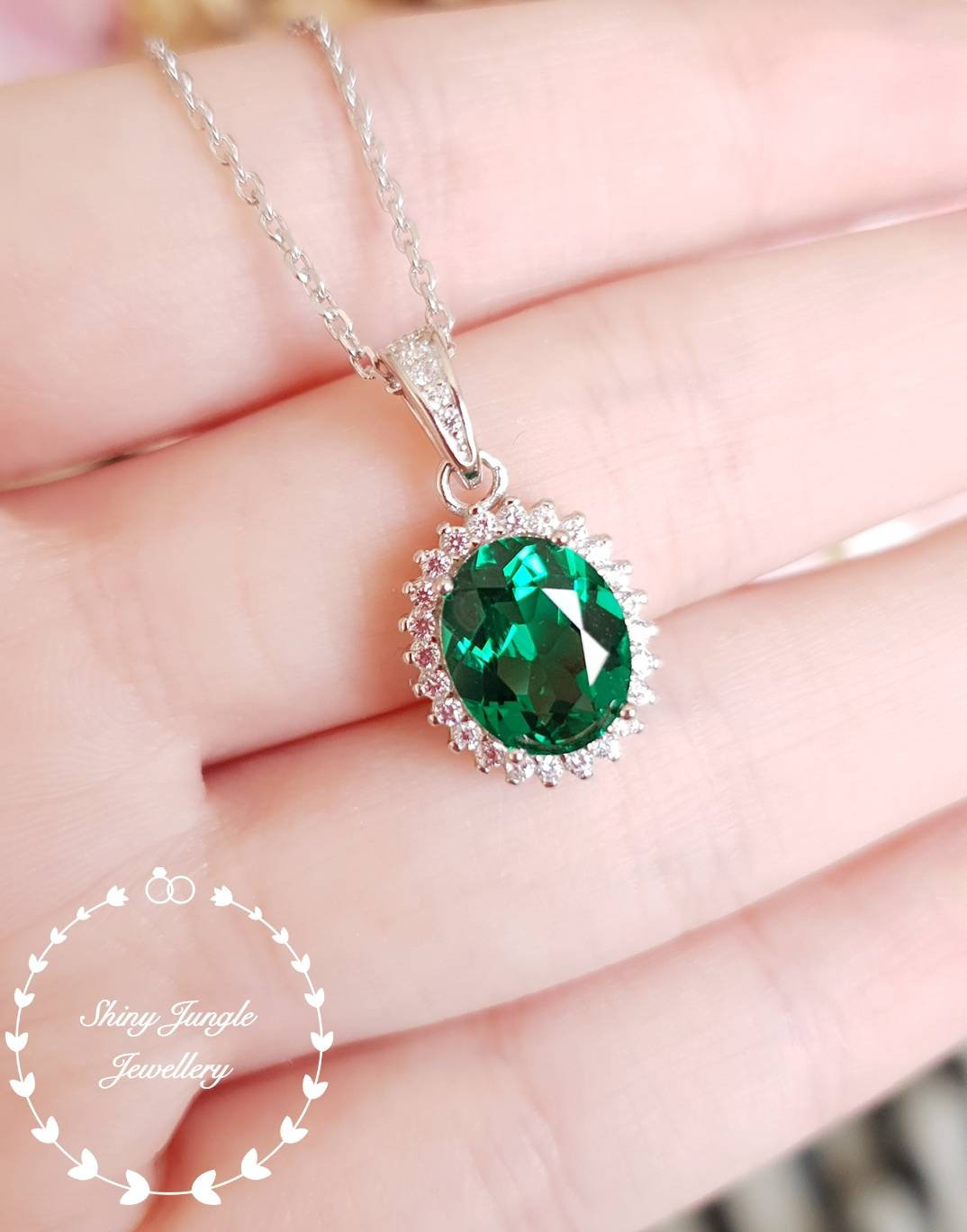Halo Emerald Pendent With Chain, Lab Vivid Green Emerald, Solitaire Throughout Most Current Oval Sparkle Halo Pendant Necklaces (View 8 of 25)