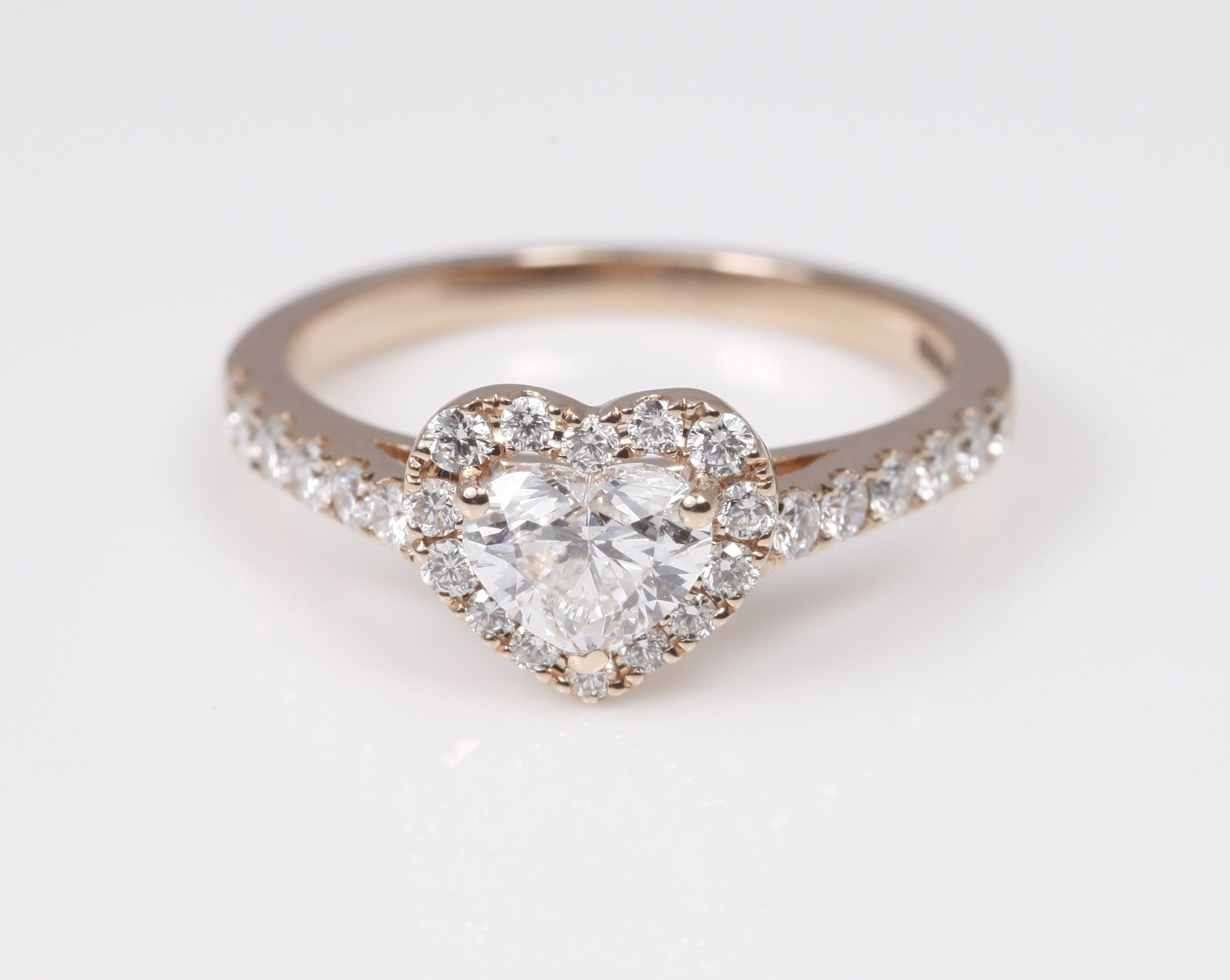 Heart Shaped Loose Diamonds | Meet Me At The Altar | Anillos In Newest Diamond Heart Shaped Anniversary Bands In Gold (View 18 of 25)