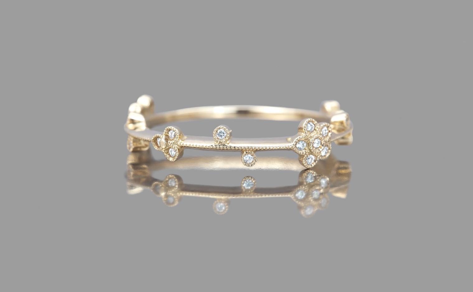 Little Diamond Flowers Ring Inside Most Recently Released Sparkling Daisy Flower Rings (View 10 of 25)