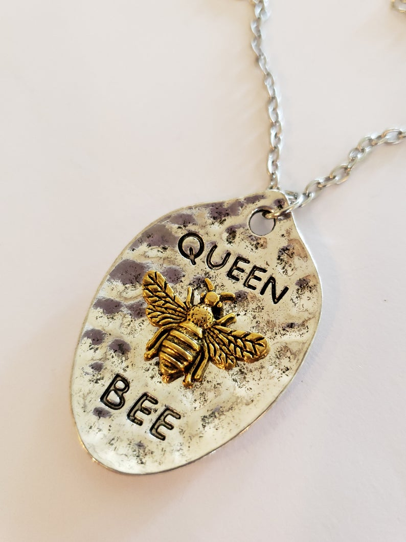 Look Who Is The Queen Bee~Beautiful Queen Bee Pendant Necklace Great Gift  For Mom, Girlfriend Or Your Little Queen Bee Daughter, Niece For Most Up To Date Queen Bee Pendant Necklaces (Gallery 18 of 25)