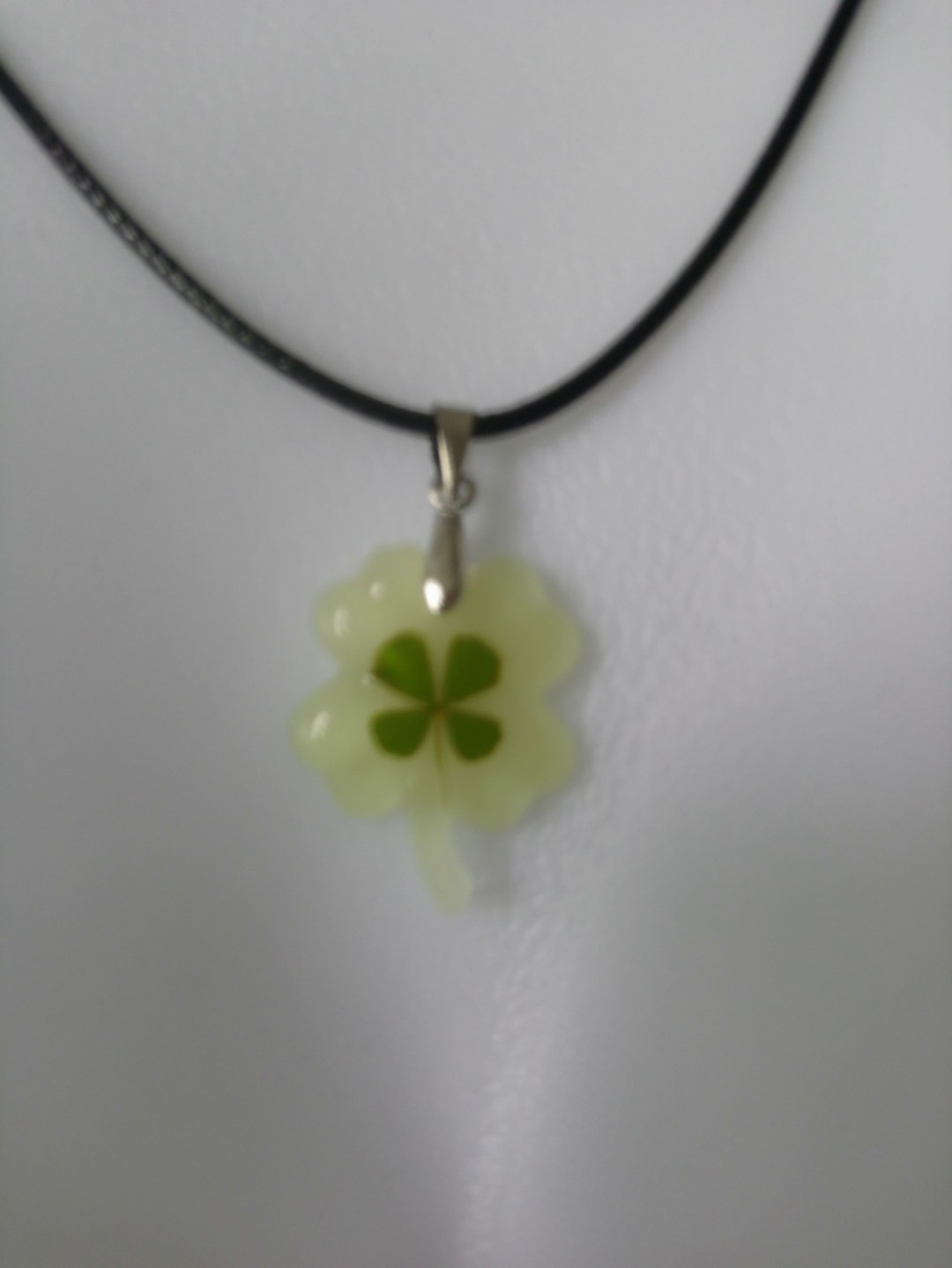 Lucky Four Leaf Clover Necklace, Luxury, Accessories, Others On Inside Latest Lucky Four Leaf Clover Pendant Necklaces (View 19 of 25)