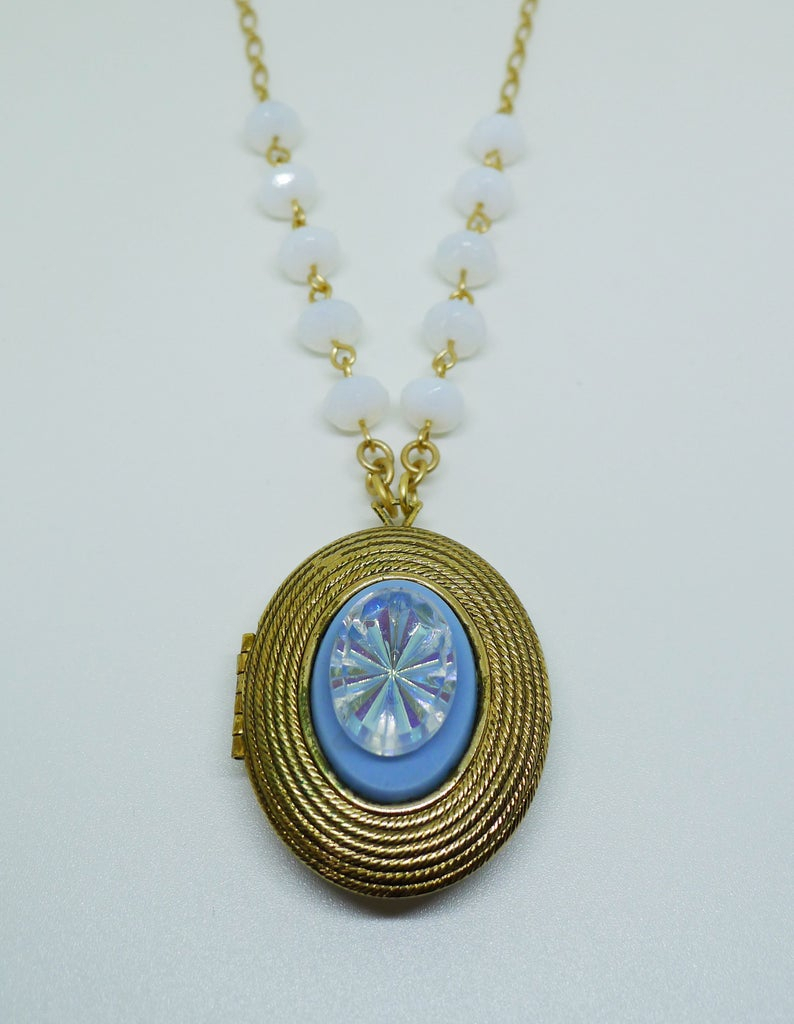 Morning Glory // 1960S Vintage Locket Necklace W/ 1950S Ab Crystal And Opal Beads On Gold Chain, Boheme Spring Vintage Bride Bridal Bohemian In Most Current Sparkling Daisy Flower Locket Element Necklaces (View 10 of 25)