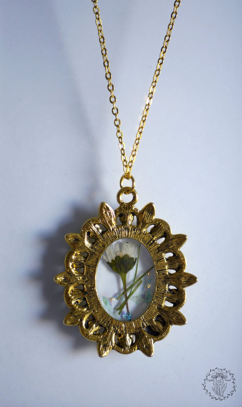 Necklace In Old Gold Color Frame, Pendant With Dried Daisy Flower And Glitter In Resin, Old Style Flower Pendant, Mori Daisy Jewelry With Regard To Latest Sparkling Daisy Flower Locket Element Necklaces (View 21 of 25)