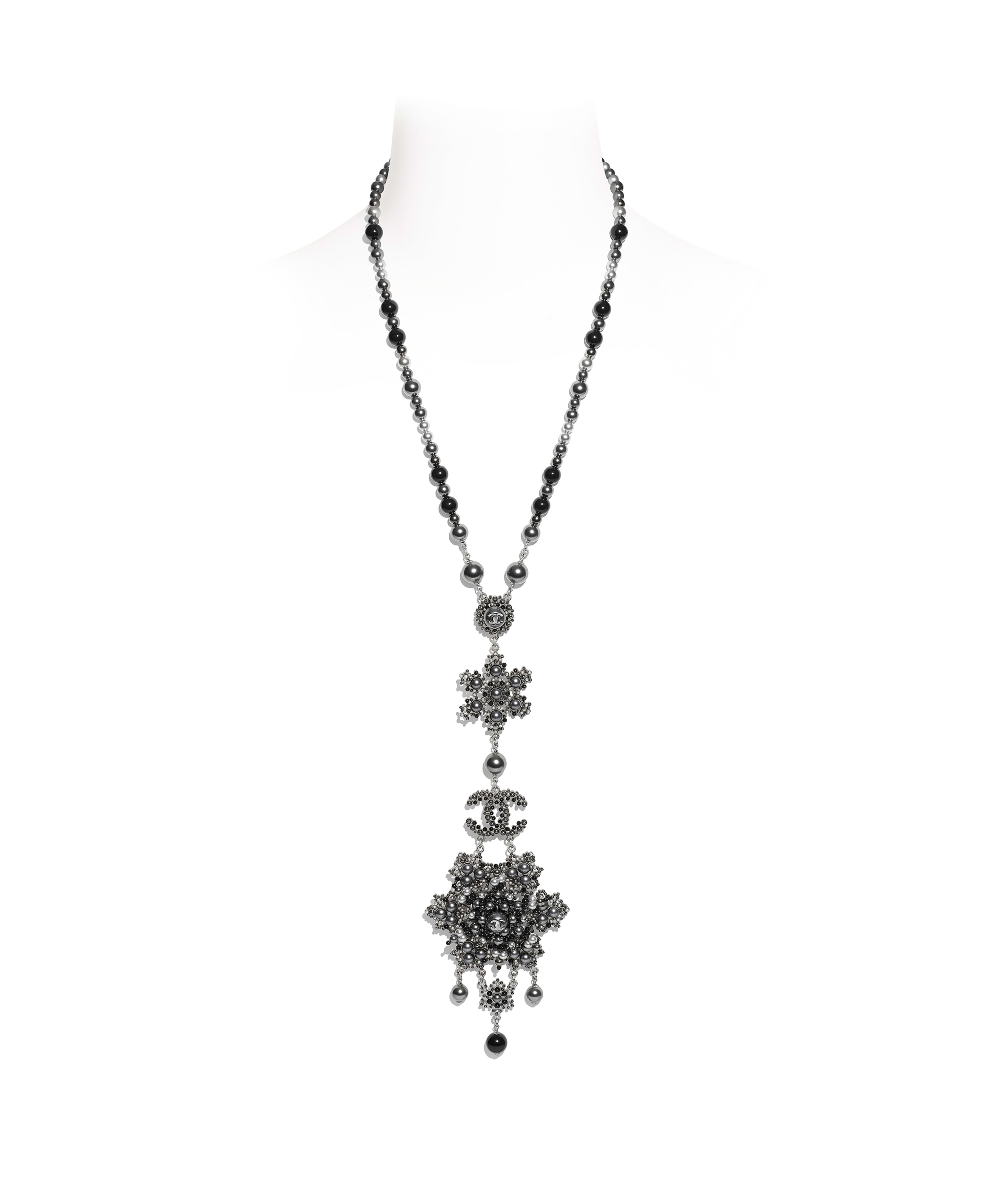 Necklaces – Costume Jewelry | Chanel Intended For Latest Heart Of Winter Necklaces (View 6 of 25)