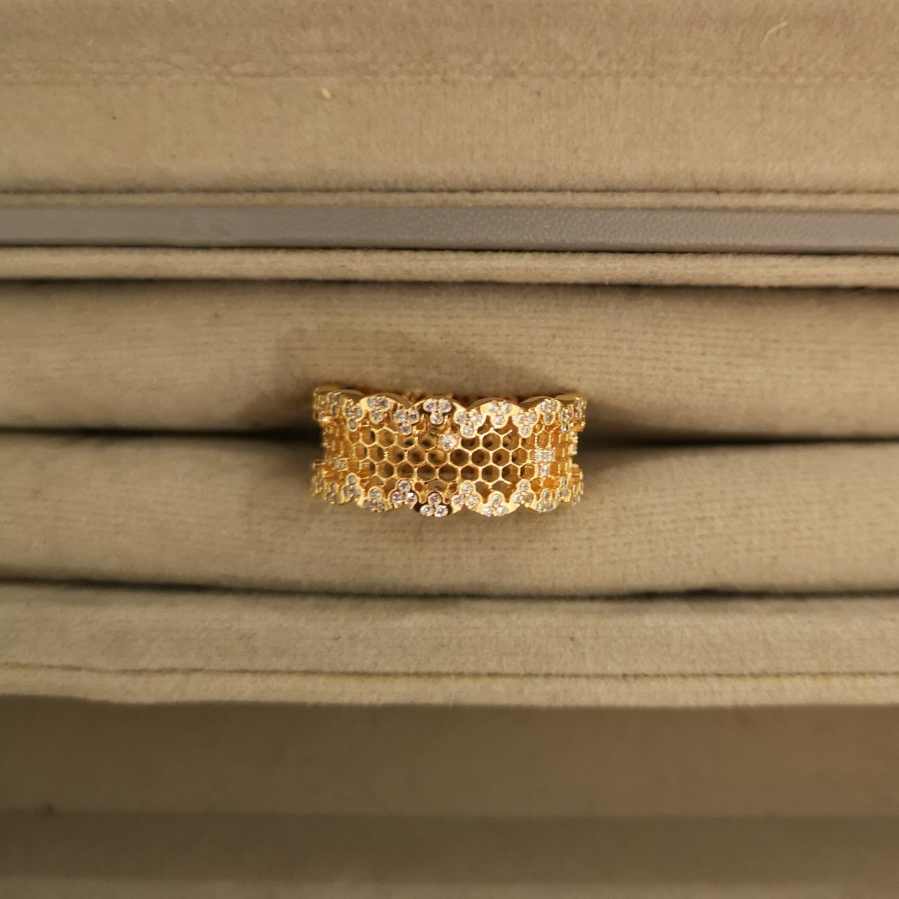 Pandora Honeycomb Lace Ring – Size 54 Never Worn, – Depop With Current Honeycomb Lace Rings (View 7 of 25)