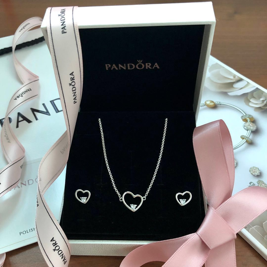 Pandora Necklace And Earring Asymmetric Heart Of Love 💝 Set Within 2020 Ice Crystal Heart Collier Necklaces (View 15 of 25)