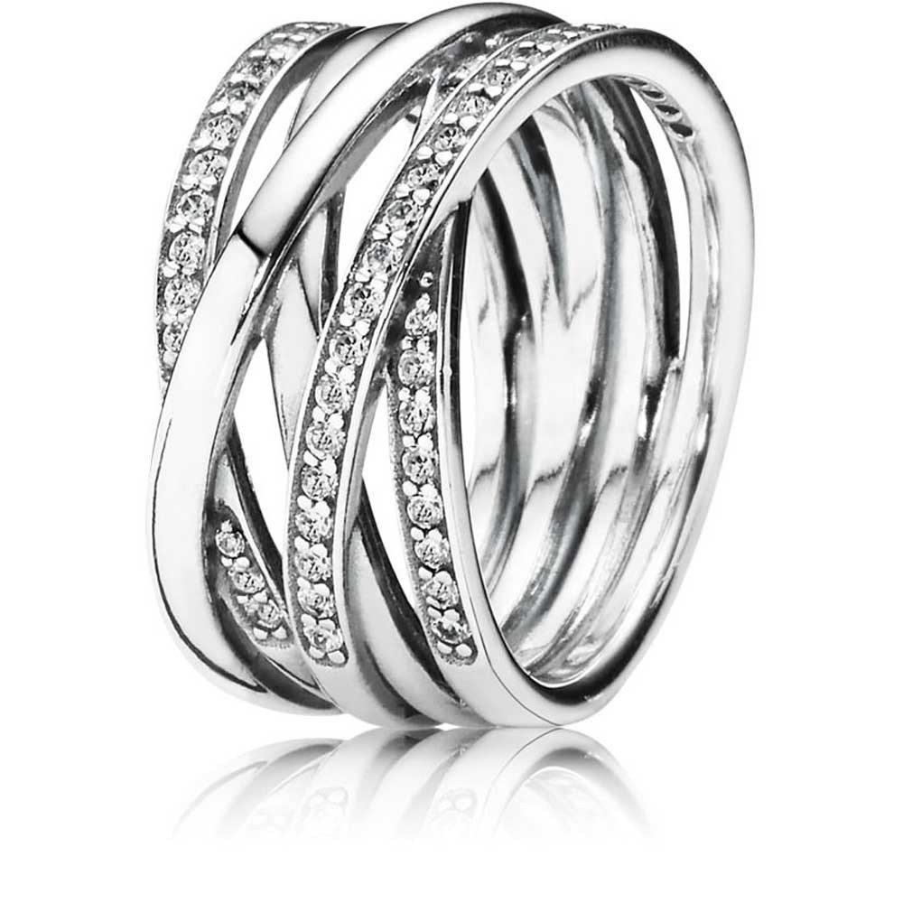 Featured Photo of Sparkling & Polished Lines Rings