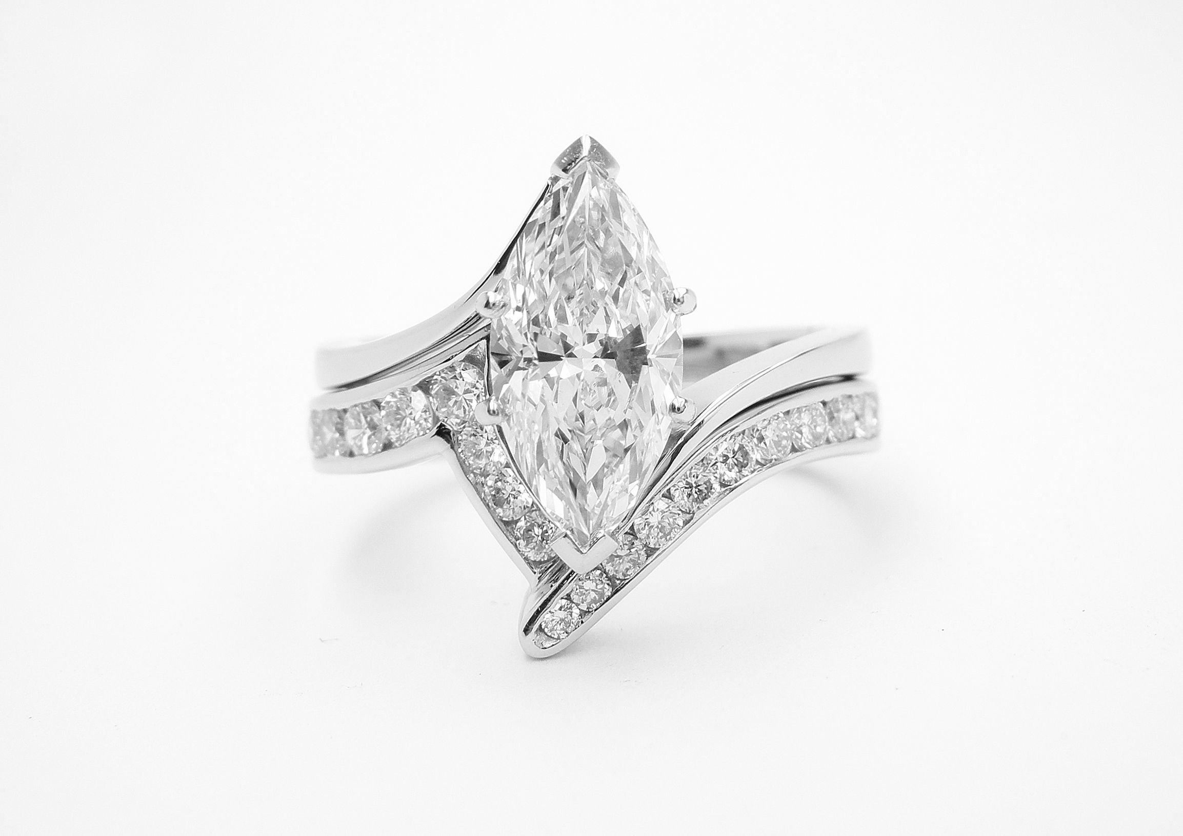 Platinum Zig Zag Wedding Ring Shaped To Fit Around A Single Stone For 2017 Polished Zigzag Rings (Gallery 19 of 25)