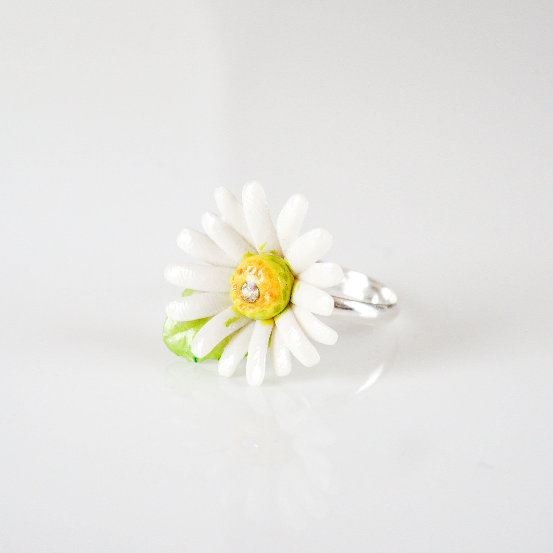 Porcelain Daisy Ring/ Daisy Ring/ Ring/ Porcelain Ring/ Daisy/ Flower Ring/ Flower Jewellery/ Stacking Ring Within Newest Daisy Flower Rings (View 15 of 25)