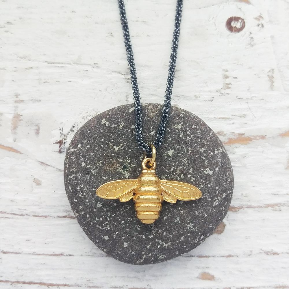 Queen Bee Pendant Regarding Current Queen Bee Pendant Necklaces (View 12 of 25)