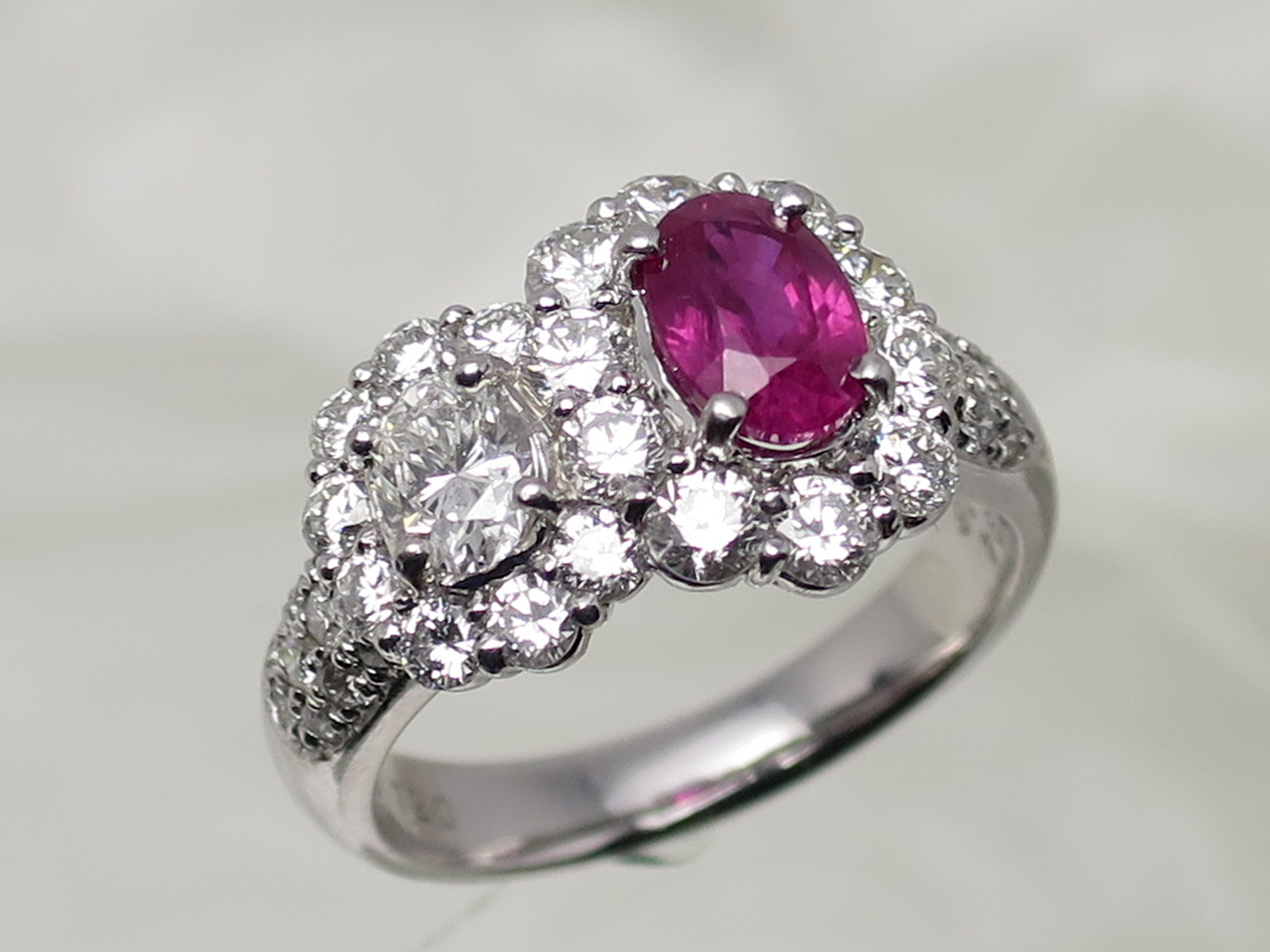 Ring (Jewellery) – Wikipedia For Most Recently Released Pink Sparkling Crown Rings (Gallery 22 of 25)