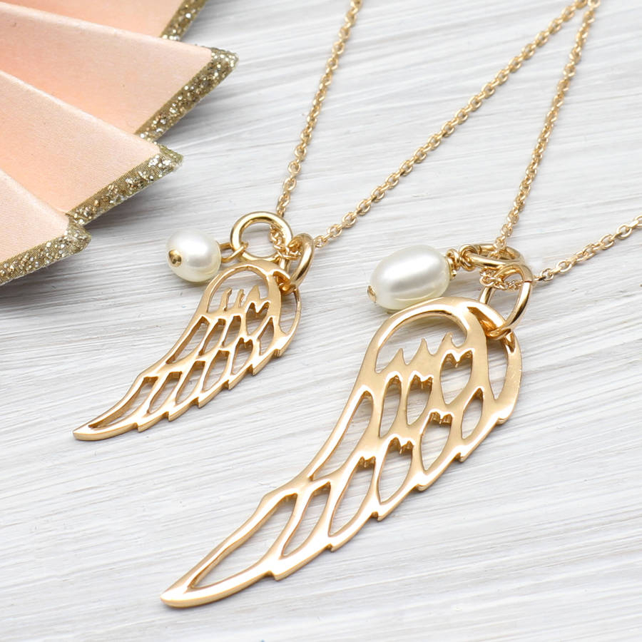 Rose Or Yellow Gold Angel Wing And Pearl Necklace With Regard To 2019 Angel Wing Pendant Necklaces (View 20 of 25)