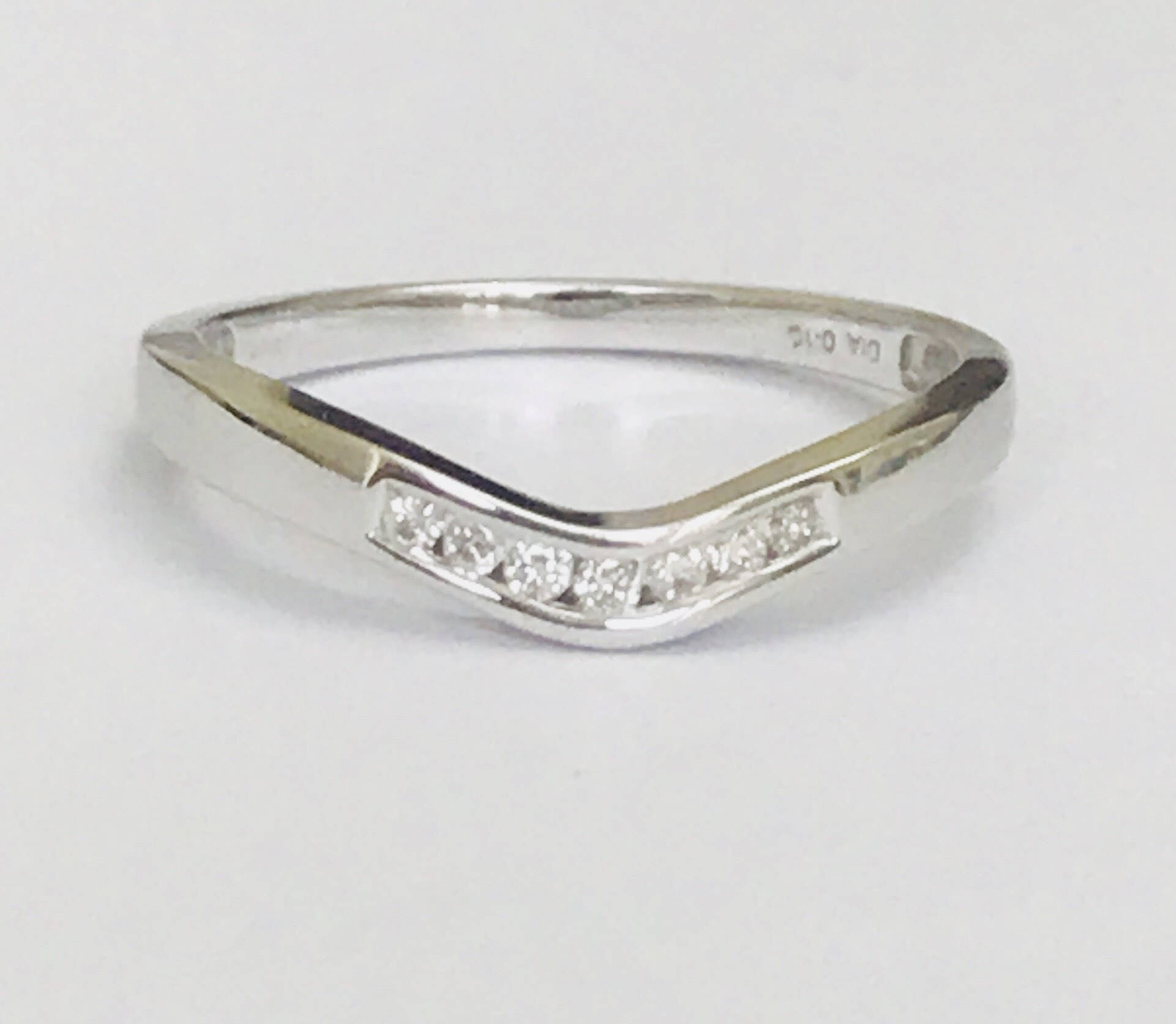 Stunning Vintage 9Ct White Gold 0.10Ct Diamond Wishbone Ring – Fully Within Best And Newest Polished Wishbone Rings (Gallery 23 of 25)