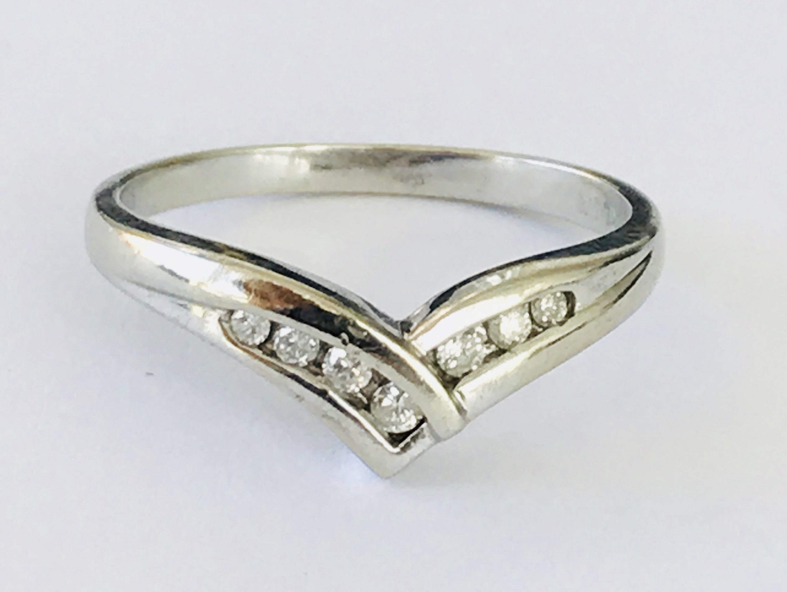 Super Sparkling Vintage 9ct White Gold Diamond Wishbone Ring – Fully Pertaining To Most Current Polished Wishbone Rings (View 14 of 25)