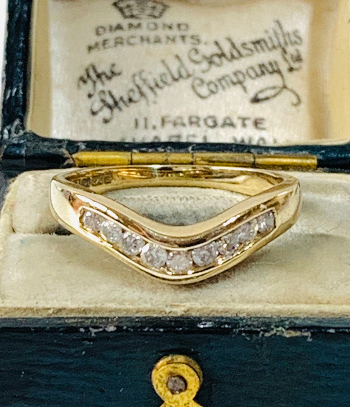 Superb Sparkling Vintage 9Ct Yellow Gold 0.25 Carat Diamond Throughout Latest Sparkling Wishbone Rings (Gallery 22 of 25)