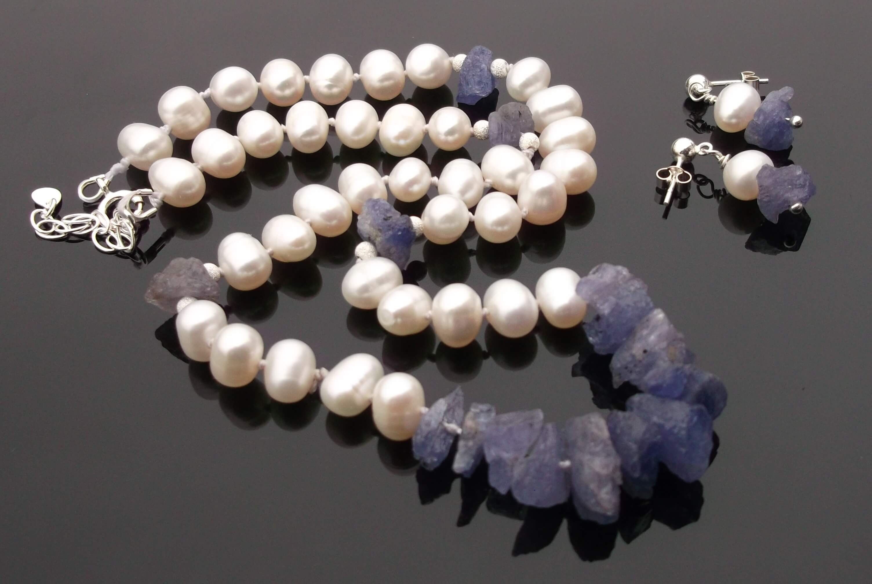Tanzanite Rough Nuggets And White Pearl Necklace Set (View 20 of 25)