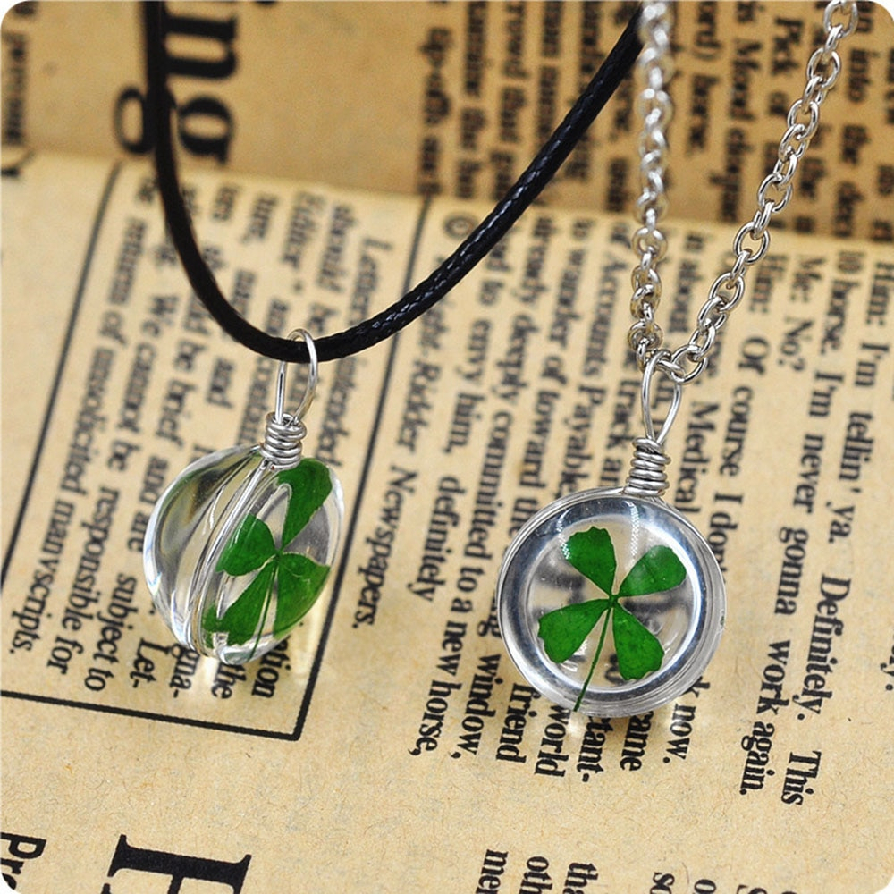 Us $0.88 12% Off|New Fashion Real Green Lucky Shamrock Four Leaf Clover  Round Pendant Necklace Couple Gift In Pendant Necklaces From Jewelry & Within Most Recent Lucky Four Leaf Clover Locket Element Necklaces (Gallery 18 of 25)