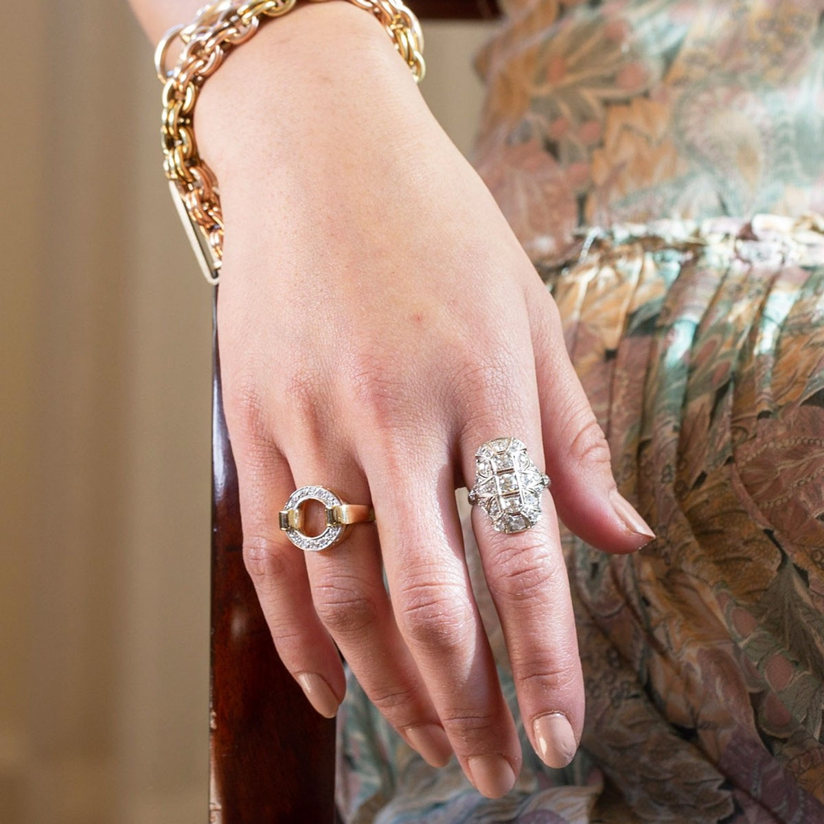 Featured Photo of Vintage Circle Rings