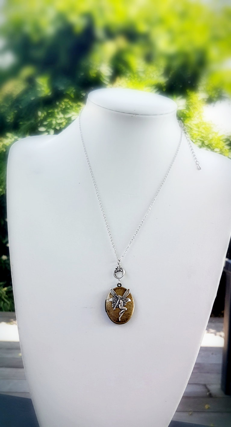 Vintage Style Lockets & Glass Dome Pendants Throughout Most Popular Purple Ladybird Locket Element Necklaces (View 18 of 25)