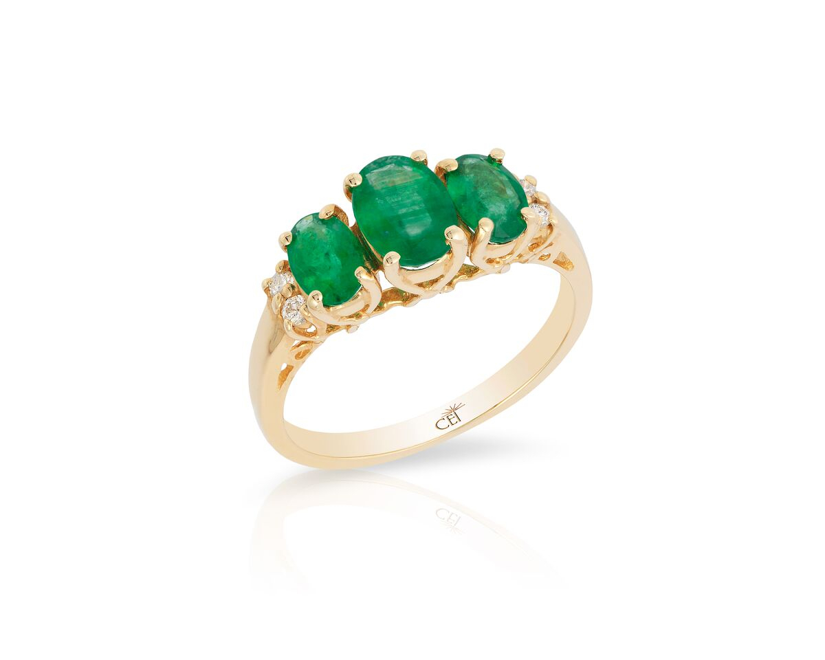 14K Yellow Gold 3 Stone Emerald & Diamond Ring Within Emerald And Diamond Three Stone Rings (View 4 of 25)