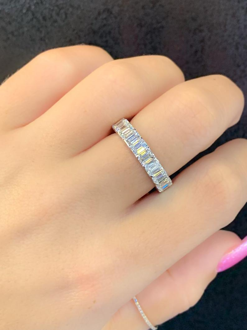 14kt White Gold Prong Set Emerald Cut Diamond Eternity Band Intended For 2018 Prong Set Emerald Cut Diamond Wedding Bands (Gallery 1 of 25)