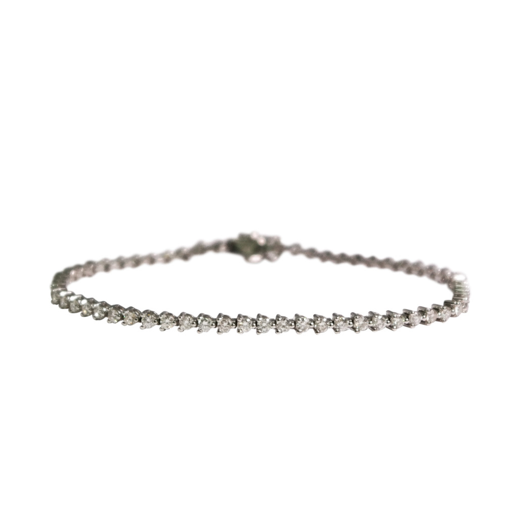 18K White Gold Diamond Tennis Bracelet Within Latest Round Brilliant Diamond Straightline Necklaces (View 23 of 25)